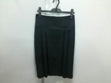 PT01(ピーティーゼロウーノ)のスカート