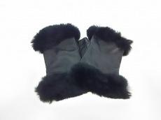 ISAMUKATAYAMA BACKLASH(イサムカタヤマ バックラッシュ)の手袋
