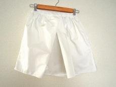 N゜21(ヌメロ ヴェントゥーノ)のスカート