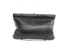 TK(ティーケータケオキクチ)のセカンドバッグ