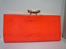 テッドベイカー 長財布 オレンジピンク×ゴールド がま口