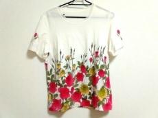 lapine rouge(ラピーヌルージュ)のTシャツ