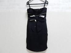 バレンチノ ワンピース 42 レディース 美品 黒×白 リボン