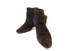 AVRIL GAU(アヴリルガウ)のブーツ
