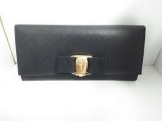 SalvatoreFerragamo(サルバトーレフェラガモ)の長財布