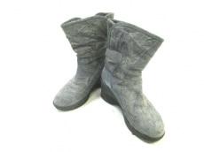 CESARE PACIOTTI(チェーザレパチョッティ)のブーツ
