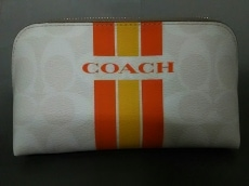 COACH(コーチ)のポーチ
