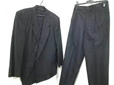 COMMEdesGARCONS HOMME(コムデギャルソンオム)のメンズスーツ