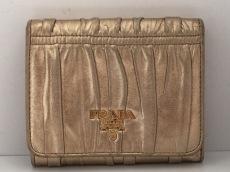 プラダ 3つ折り財布 ギャザーウォレット 1M0176 ゴールド レザー