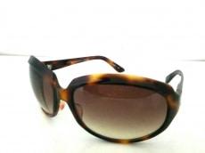OLIVER PEOPLES(オリバーピープルズ)のサングラス