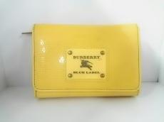 Burberry Blue Label(バーバリーブルーレーベル)の2つ折り財布