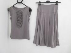 Gabardine K.T(ギャバジンケーティ)のスカートセットアップ