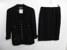 CHANEL(シャネル)/スカートスーツ