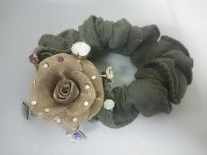 アッカ シュシュ 美品 金属素材×化学繊維 フラワー/ビジュー