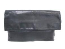 ISSEYMIYAKE(イッセイミヤケ)のクラッチバッグ
