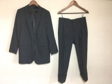 BASILE(バジーレ)のメンズスーツ