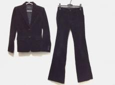RESTIR(リステア)のレディースパンツスーツ