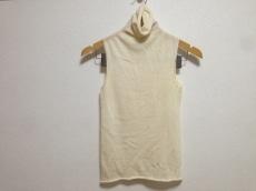 DONNAKARAN SIGNATURE(ダナキャランシグネチャー)のセーター