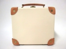 GLOBE TROTTER(グローブトロッター)のハンドバッグ