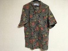 BASILE(バジーレ)のシャツ