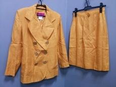 Christian Lacroix(クリスチャンラクロワ)のスカートスーツ
