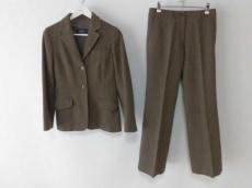 Max MaraWEEKEND(マックスマーラウィークエンド)のレディースパンツスーツ