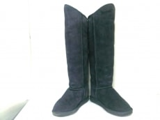 EMU(エミュ)のブーツ