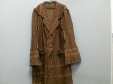 A.POC(イッセイミヤケ)のコート