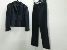 GIORGIOARMANI(ジョルジオアルマーニ)のレディースパンツスーツ