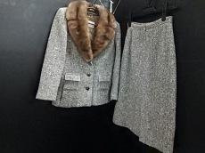 HERNO(ヘルノ)のスカートスーツ