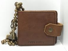 DSQUARED2(ディースクエアード)の2つ折り財布