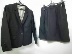 Paul&Joe(ポール&ジョー)のスカートスーツ