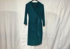 EVAN-PICONE(エバンピコネ)のドレス