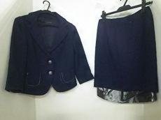 martinique(マルティニーク)のスカートスーツ