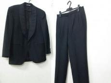 サルバトーレフェラガモ メンズスーツ メンズ 黒