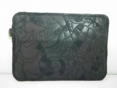 tsumori chisato CARRY(ツモリチサトキャリー)のカードケース