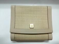 comtesse(コンテス)の3つ折り財布