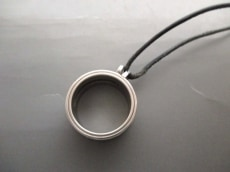 NOMOS(ノモス)のネックレス