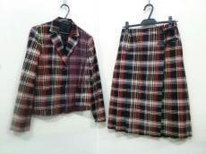 Gabardine K.T(ギャバジンケーティ)のスカートスーツ