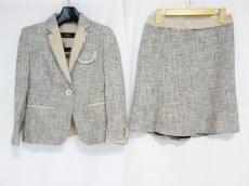 Max MaraWEEKEND(マックスマーラウィークエンド)のスカートスーツ