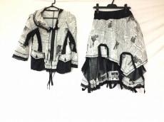 EIKO KONDO(エイココンドウ)のスカートスーツ