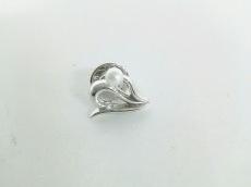 ミキモト ブローチ美品  金属素材×パール シルバー×白 ピンバッジ