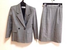 ChristianDior(クリスチャンディオール)/スカートスーツ