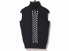 セリーヌ ノースリーブセーター サイズS レディース美品  黒×白