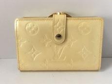 ルイヴィトン 2つ折り財布 モノグラムヴェルニ M91363 ペルル