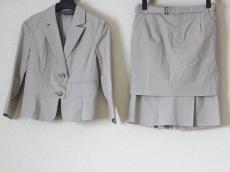 BODY DRESSING Deluxe(ボディドレッシングデラックス)/スカートスーツ