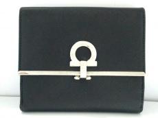 SalvatoreFerragamo(サルバトーレフェラガモ)/2つ折り財布