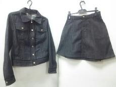 LOUIS VUITTON(ルイヴィトン)/スカートスーツ