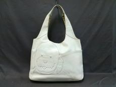 KITAMURA(キタムラ) ショルダーバッグ 白 犬モチーフ レザー