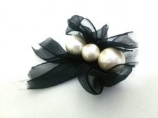 petite robe noire(プティローブノアー)/ブローチ
